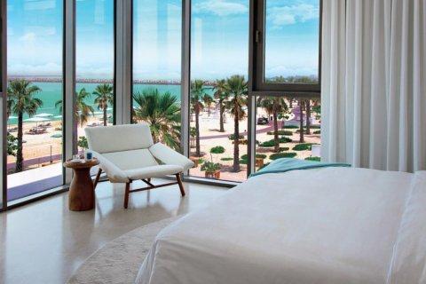 Продажа квартиры в Джумейре, Дубай, ОАЭ 2 спальни, 172м2, № 1609 - фото 1