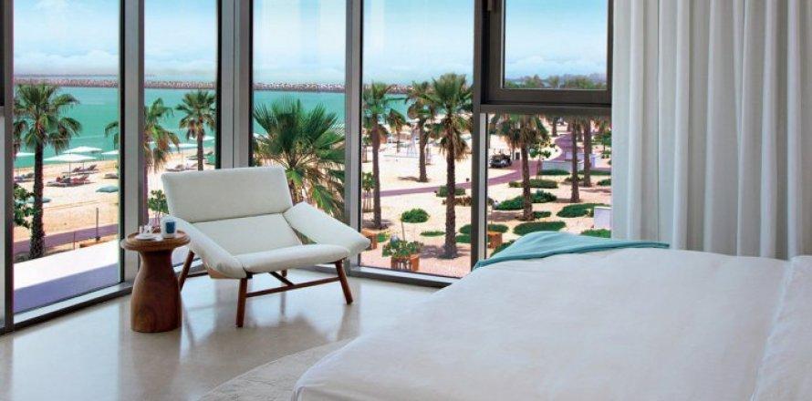 Квартира в Джумейре, Дубай, ОАЭ 2 спальни, 172м2, №1609