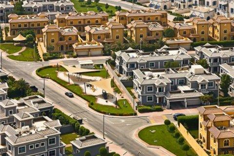 Продажа виллы в Falcon City of Wonders, Дубай, ОАЭ 5 спален, 650м2, № 1666 - фото 2