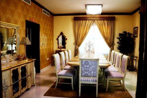 Продажа виллы в Falcon City of Wonders, Дубай, ОАЭ 5 спален, 650м2, № 1666 - фото 6