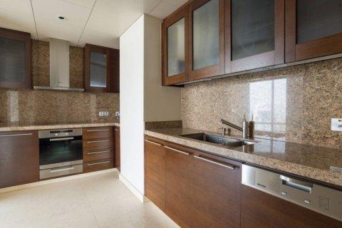 Продажа квартиры в Бурдж-Халифе, Дубай, ОАЭ 3 спальни, 253м2, № 1452 - фото 12