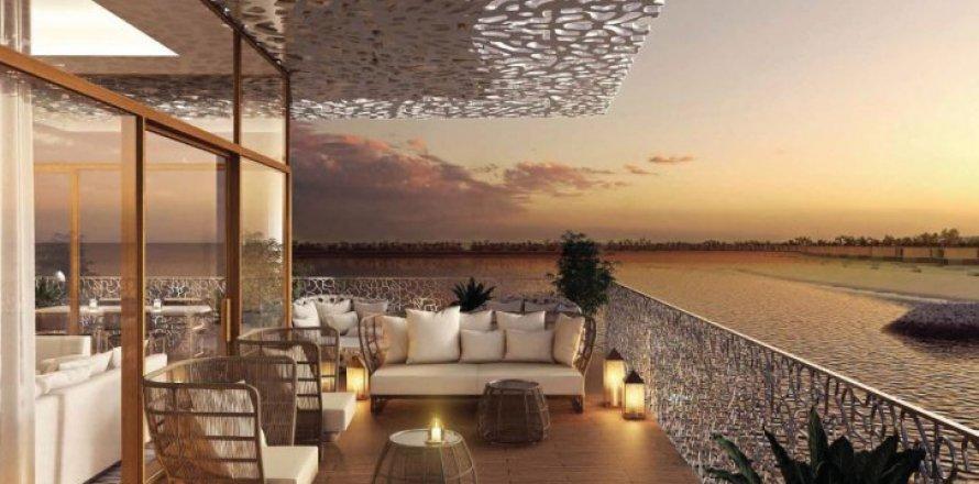 Квартира в Джумейре, Дубай, ОАЭ 2 спальни, 426м2, №1583