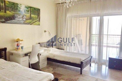Продажа квартиры в Пальме Джумейре, Дубай, ОАЭ 2 спальни, 185.3м2, № 2224 - фото 7