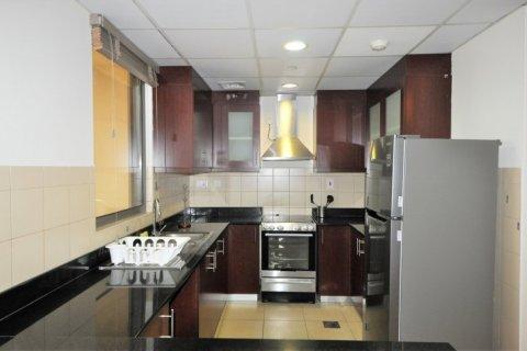 Аренда квартиры в Джумейра Бич Резиденс, Дубай, ОАЭ 2 спальни, 113м2, № 1688 - фото 6