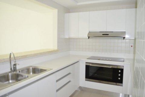 Продажа квартиры в Джумейра Бич Резиденс, Дубай, ОАЭ 2 спальни, 160м2, № 1681 - фото 9