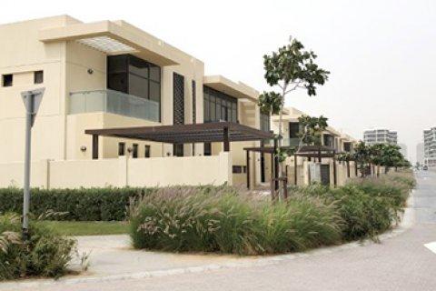 Продажа виллы в Дубай Хилс Эстейт, Дубай, ОАЭ 4 спальни, 251м2, № 1399 - фото 15