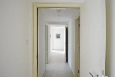Продажа квартиры в Джумейра Бич Резиденс, Дубай, ОАЭ 2 спальни, 160м2, № 1681 - фото 4