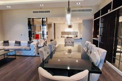 Продажа квартиры в Джумейра Бич Резиденс, Дубай, ОАЭ 2 спальни, 140м2, № 1931 - фото 1
