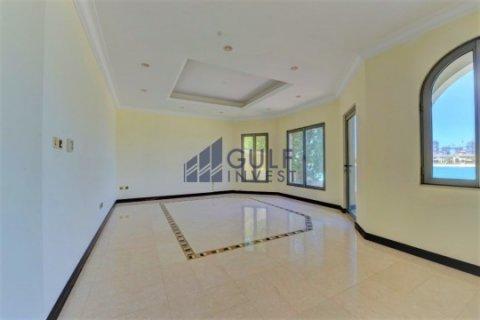 Продажа виллы в Пальме Джумейре, Дубай, ОАЭ 4 спальни, 621.8м2, № 1792 - фото 7