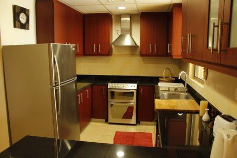 Продажа квартиры в Джумейра Бич Резиденс, Дубай, ОАЭ 1 спальня, 100м2, № 1967 - фото 3