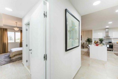 Продажа квартиры в Джумейра Гольф Эстейтс, Дубай, ОАЭ 2 спальни, 135м2, № 1381 - фото 12