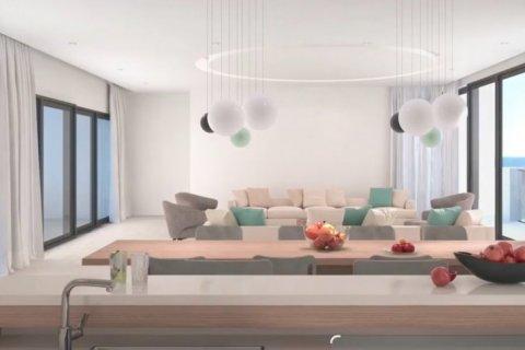 Продажа квартиры в Джумейре, Дубай, ОАЭ 233м2, № 1509 - фото 3