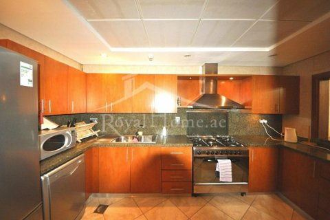 Продажа квартиры в Дубай Марине, Дубай, ОАЭ 3 спальни, 208м2, № 1679 - фото 6