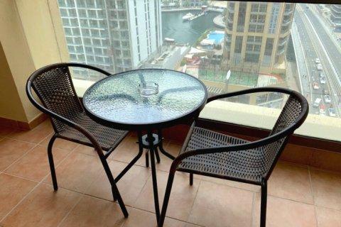 Аренда квартиры в Джумейра Бич Резиденс, Дубай, ОАЭ 2 спальни, 113м2, № 1688 - фото 8