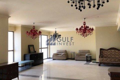 Продажа квартиры в Джумейра Бич Резиденс, Дубай, ОАЭ 4 спальни, 291.7м2, № 1963 - фото 7