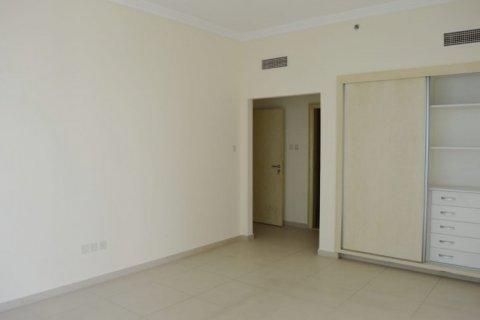 Продажа квартиры в Джумейра Бич Резиденс, Дубай, ОАЭ 2 спальни, 160м2, № 1681 - фото 12