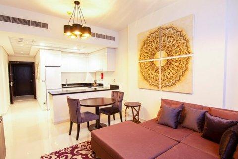 Продажа квартиры в Джумейра Вилладж Серкл, Дубай, ОАЭ 1 спальня, 63м2, № 1390 - фото 3