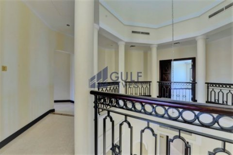 Продажа виллы в Пальме Джумейре, Дубай, ОАЭ 4 спальни, 621.8м2, № 1792 - фото 6