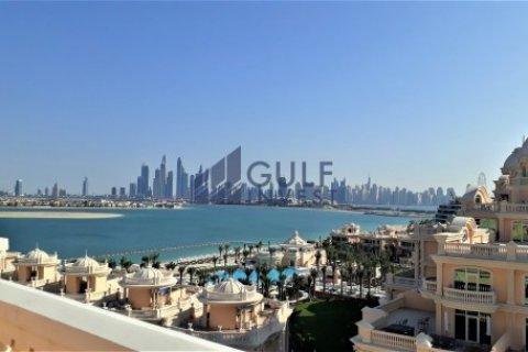 Продажа пентхауса в Пальме Джумейре, Дубай, ОАЭ 3 спальни, 816м2, № 1793 - фото 1