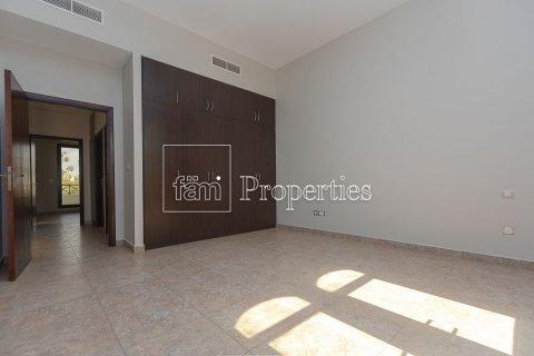Продажа таунхауса в Dubai Land, Дубай, ОАЭ 4 спальни, 386.8м2, № 3477 - фото 2