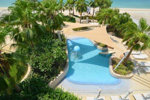 Продажа квартиры в Пальме Джумейре, Дубай, ОАЭ 75м2, № 2590 - фото 8