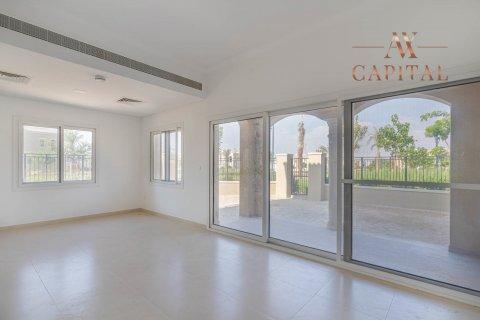 Продажа виллы в Serena, Дубай, ОАЭ 3 спальни, 283.7м2, № 2714 - фото 3