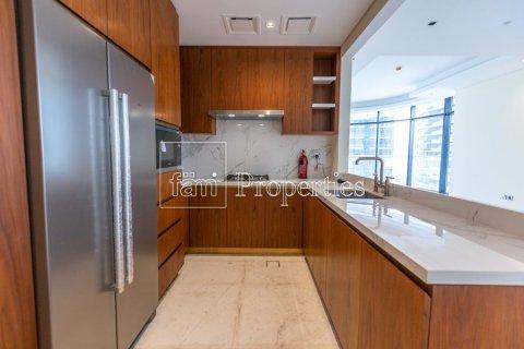 Продажа квартиры в Даунтауне Дубая, Дубай, ОАЭ 2 спальни, 166.3м2, № 3689 - фото 24