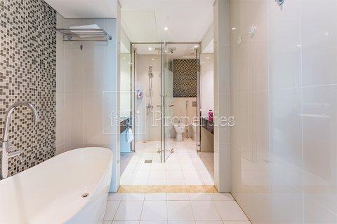 Продажа квартиры в Даунтауне Дубая, Дубай, ОАЭ 3 спальни, 164.4м2, № 3476 - фото 10