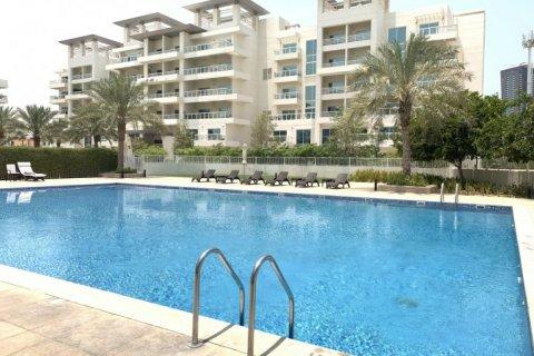 Duplex in Jumeirah Islands, Dubai, UAE 3 bedrooms, 250 sq.m. № 1775 - photo 16