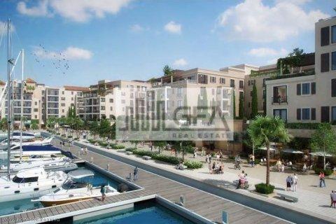 Apartment in Jumeirah, Dubai, UAE 2 bedrooms, 100 sq.m. № 1758 - photo 13