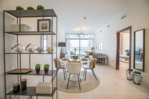 Apartment in Dubai, UAE 1 bedroom, 105 sq.m. № 1771 - photo 7
