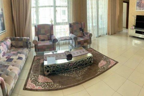 Apartment in Burj Khalifa, Dubai, UAE 2 bedrooms, 110 sq.m. № 1779 - photo 4