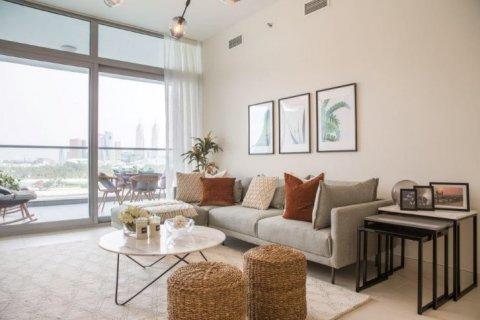 Apartment in Dubai, UAE 1 bedroom, 105 sq.m. № 1771 - photo 2