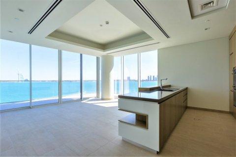 Apartment in Palm Jumeirah, Dubai, UAE 2 bedrooms, 137 sq.m. № 1507 - photo 10