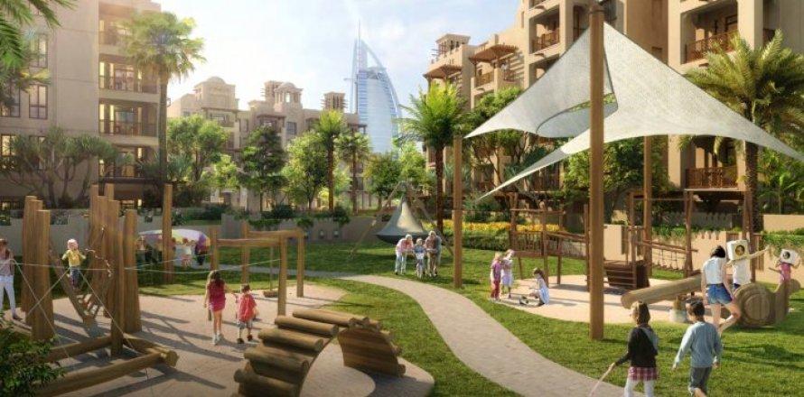 Apartment in Jumeirah, Dubai, UAE 2 bedrooms, 160 sq.m. № 1958