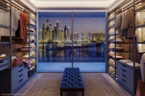 Apartment in Palm Jumeirah, Dubai, UAE 3 bedrooms, 250 sq.m. № 1744 - photo 8