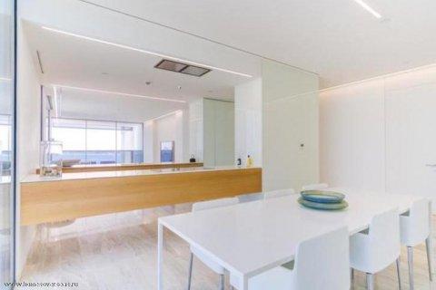 Apartment in Palm Jumeirah, Dubai, UAE 3 bedrooms, 220 sq.m. № 1721 - photo 15
