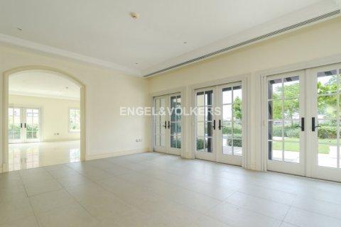 Villa in Jumeirah Golf Estates, Dubai, UAE 6 bedrooms, 750 sq.m. № 1727 - photo 7