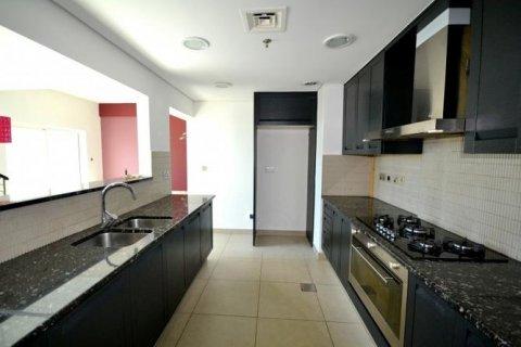 Duplex in Jumeirah Islands, Dubai, UAE 3 bedrooms, 250 sq.m. № 1775 - photo 3