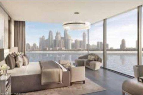 Apartment in Palm Jumeirah, Dubai, UAE 3 bedrooms, 250 sq.m. № 1744 - photo 1