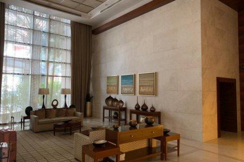 Apartment in Burj Khalifa, Dubai, UAE 2 bedrooms, 110 sq.m. № 1779 - photo 11
