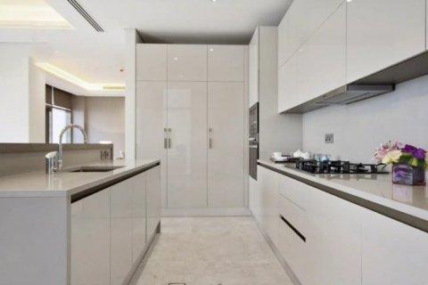 Townhouse in Palm Jumeirah, Dubai, UAE 3 bedrooms, 491 sq.m. № 1514 - photo 8