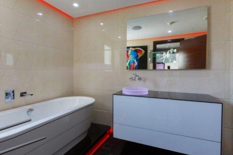 Villa in The Sustainable City, Dubai, UAE 4 bedrooms, 350 sq.m. № 1676 - photo 13