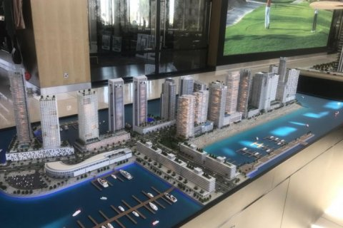 Apartment in Dubai Marina, Dubai, UAE 3 bedrooms, 175 sq.m. № 1650 - photo 1