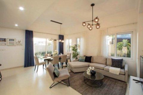 Villa in Dubai, UAE 3 bedrooms, 202 sq.m. № 1610 - photo 7