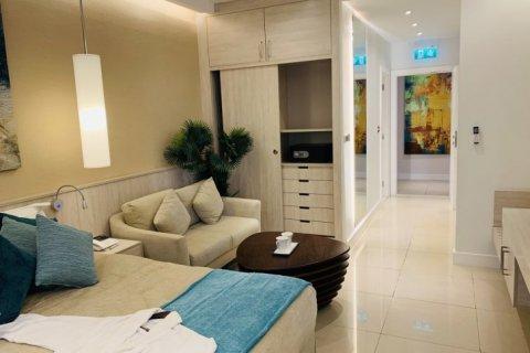 Apartment in Palm Jumeirah, Dubai, UAE 1 bedroom, 35 sq.m. № 1695 - photo 11