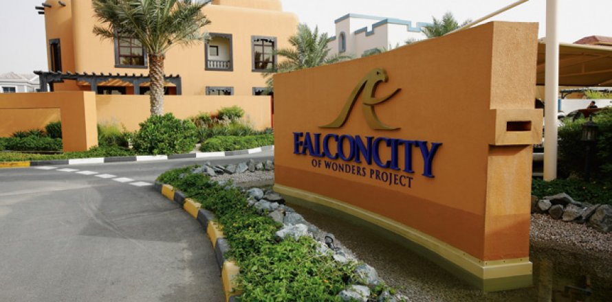 Villa in Falcon City of Wonders, Dubai, UAE 5 bedrooms, 650 sq.m. № 1666