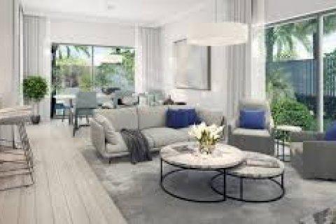 Villa in Dubai South (Dubai World Central), Dubai, UAE 4 bedrooms, 275 sq.m. № 1494 - photo 11