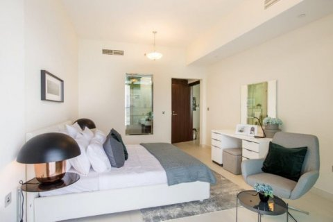 Apartment in Dubai, UAE 1 bedroom, 105 sq.m. № 1771 - photo 3