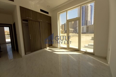 Townhouse in Jumeirah Village Circle, Dubai, UAE 3 bedrooms, 295.9 sq.m. № 2228 - photo 4